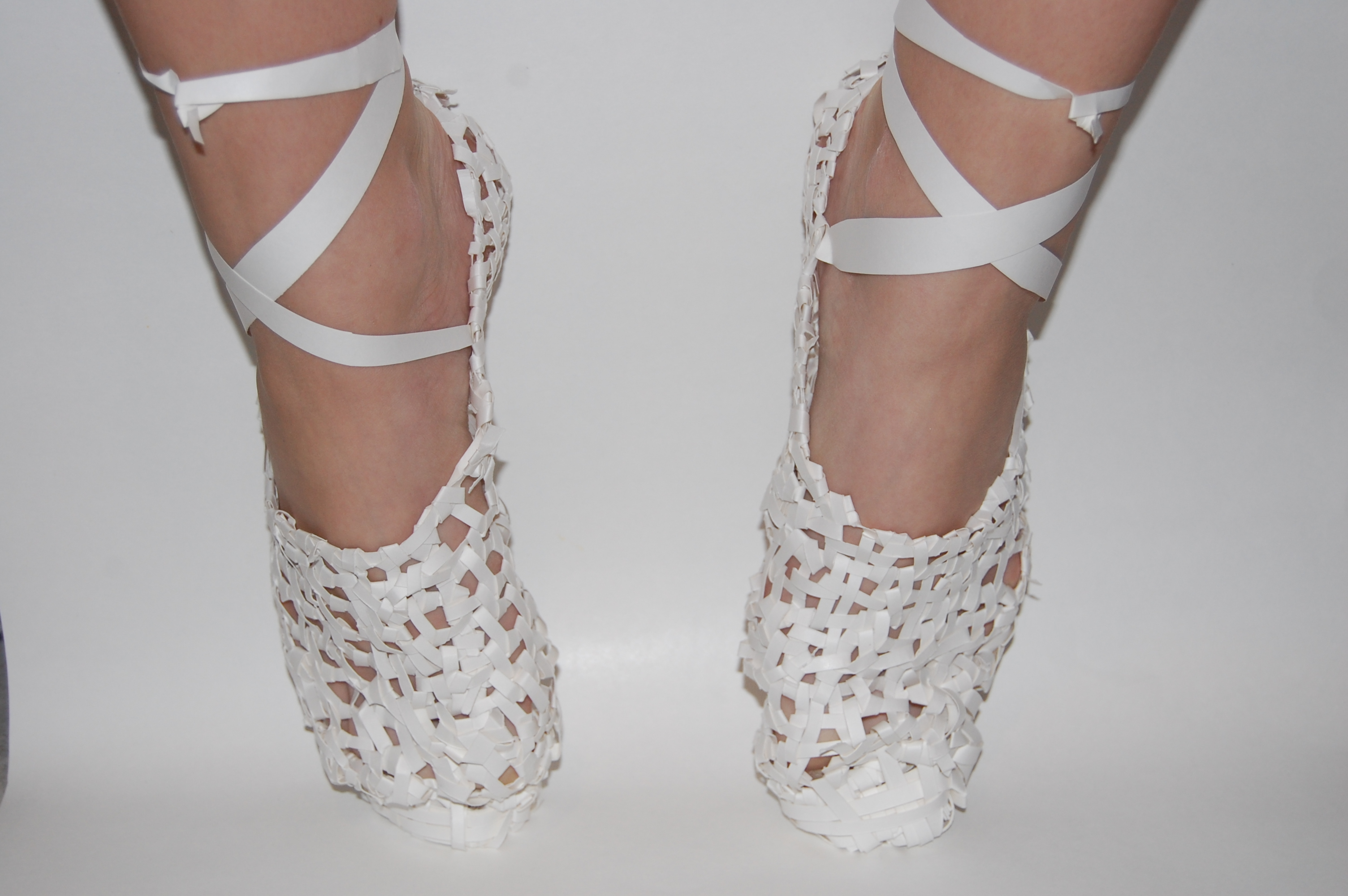 Di-Cintio_Paper-Shoes_Student-work-Pointes